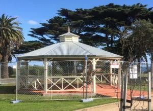 8-metre-mornington-park