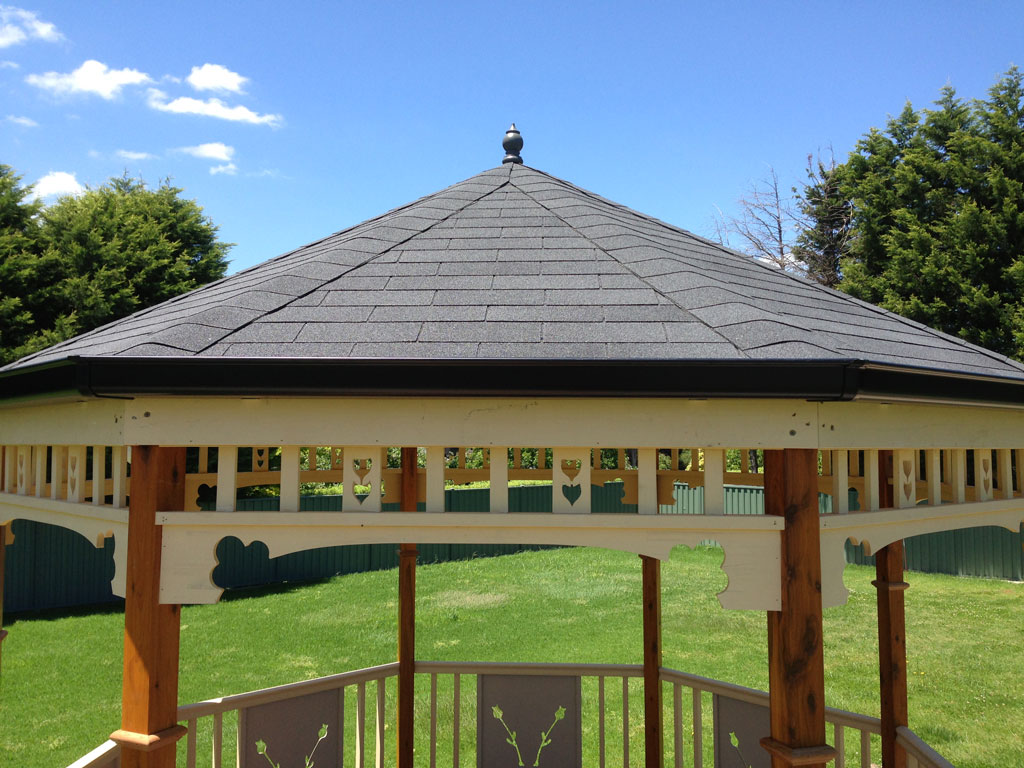 how to build a gazebo roof with plastic